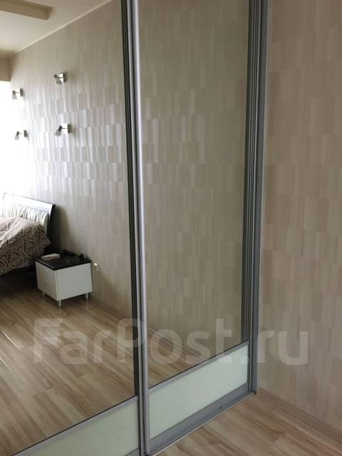 2-комнатная, улица Полетаева 6. Седанка, агентство, 72 кв.м.
