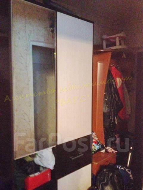 1-комнатная, проспект 100-летия Владивостока 26. Столетие, проверенное агентство, 30 кв.м. Прихожая