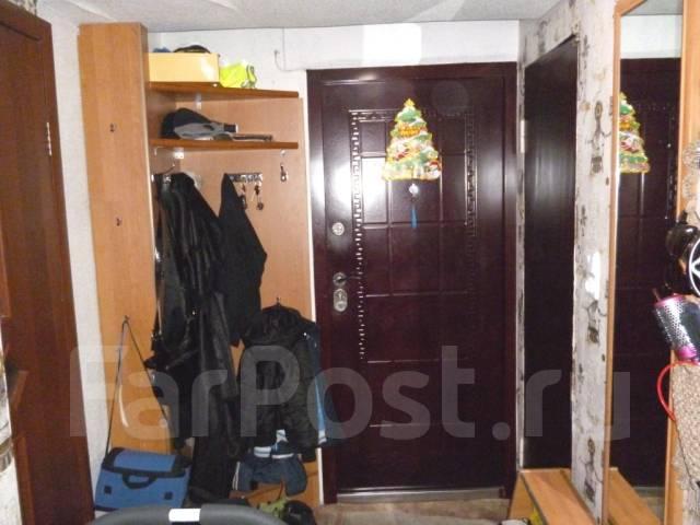 2-комнатная, проспект Победы 49/1. 10 км., агентство, 37 кв.м.