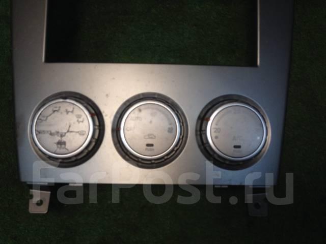 Консоль панели приборов. Subaru Forester, SG5 Двигатели: EJ203, EJ205