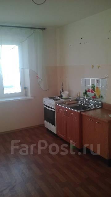 2-комнатная, улица Вахова 8а. Индустриальный, агентство, 68 кв.м.