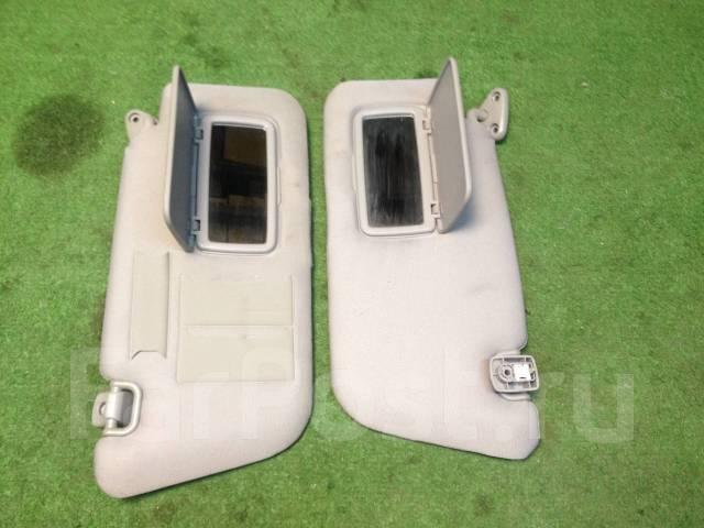 Кронштейн козырька солнцезащитного. Subaru Forester, SG5, SG9 Двигатели: EJ203, EJ202, EJ205, EJ255