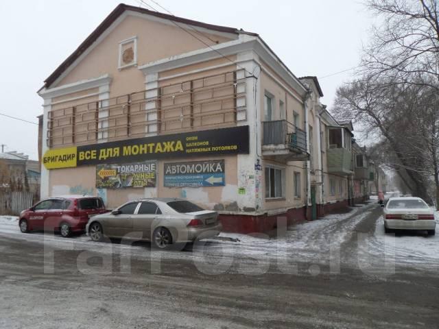 """3-комнатная, улица Агеева 28. Ресторан """"Марко Поло"""", агентство, 80 кв.м. Дом снаружи"""