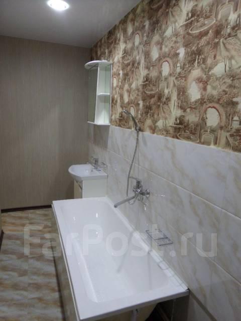 """3-комнатная, улица Агеева 28. Ресторан """"Марко Поло"""", агентство, 80 кв.м. Ванная"""