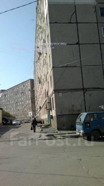 Гостинка, улица Луговая 50а. Баляева, проверенное агентство, 17 кв.м. Дом снаружи