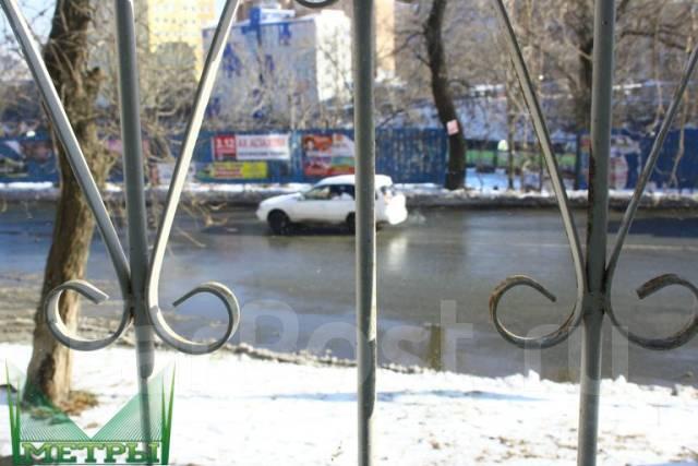 Помещение на Эгершельде. Улица Верхнепортовая 78, р-н Эгершельд, 45 кв.м. Вид из окна