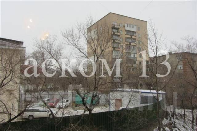 Гостинка, улица Корнилова 11. Столетие, агентство, 13 кв.м.