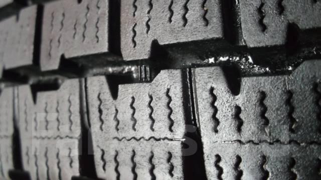 Bridgestone Blizzak W969. Зимние, без шипов, 2013 год, износ: 10%, 2 шт