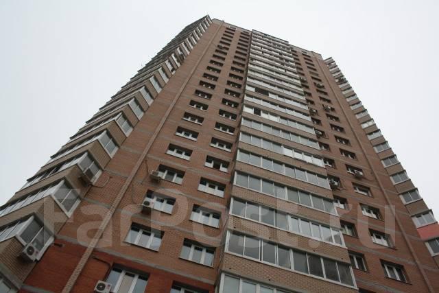 2-комнатная, улица Адмирала Горшкова 22. Снеговая падь, частное лицо, 64 кв.м. Дом снаружи