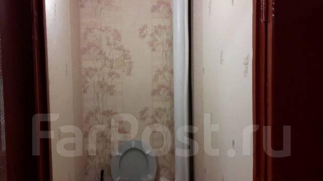 1-комнатная, улица Чапаева 2. центр, частное лицо, 33 кв.м. Сан. узел
