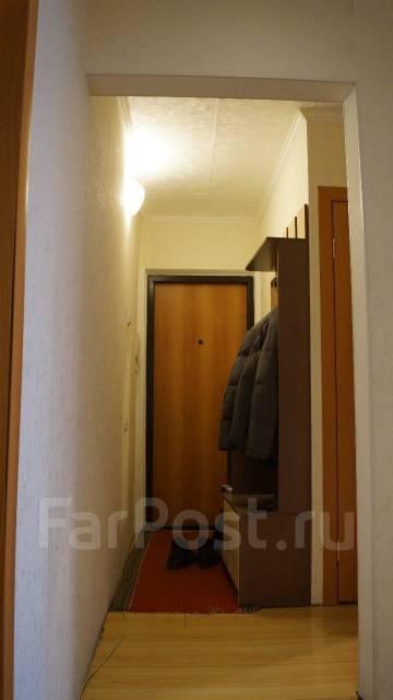 2-комнатная, улица Комарова 77. Комарова, частное лицо, 44 кв.м. Прихожая