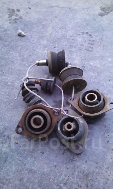 Подушка кузова. Toyota Sequoia, UCK45, UCK35 Двигатель 2UZFE