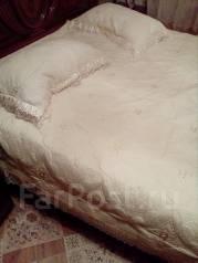 Продам комплект покрывало, подушки