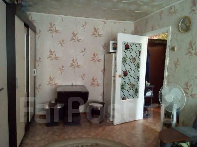 Обмен малосемейка в Артем гресе на 2-ух ком с долгами в п. Артемовском. От частного лица (собственник)