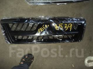 Решетка радиатора. Mitsubishi Pajero