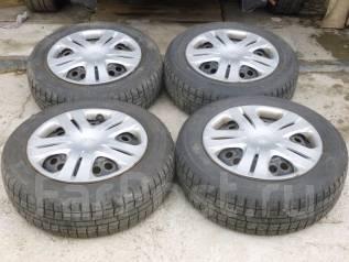 Продаю комплект зимних колес 175/65/15 на дисках (4*100) Торги с рубля. 5.5x15 4x100.00