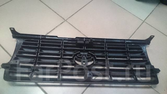 Решетка радиатора. Toyota Land Cruiser, FZJ80, HDJ80, HZJ80 Двигатели: 1HZ, 1FZFE, 1HDFT, 1FZF
