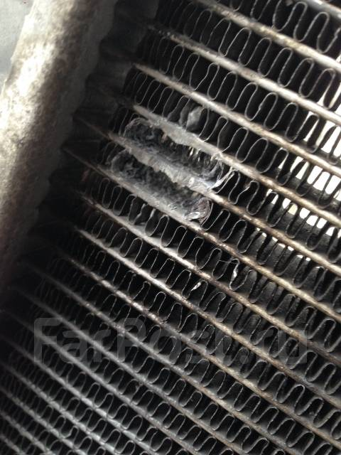 Радиатор охлаждения двигателя. Toyota Land Cruiser Prado, TRJ120 Двигатель 2TRFE
