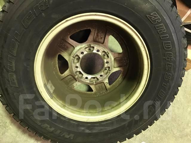 Отличные зимние Bridgestone DMZ 265/70/16 на литье Berg 0/8/16. 8.0x16 6x139.70 ET0