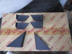 Пластиковые заглушки обшивки двери Toyota Mark X GRX12#. Toyota Mark X, GRX120, GRX121, GRX125