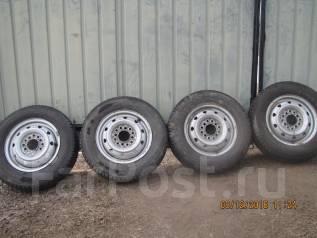 Продам колеса с зимней резиной на дисках с универсальной сверловкой. x12 ЦО 68,0мм.