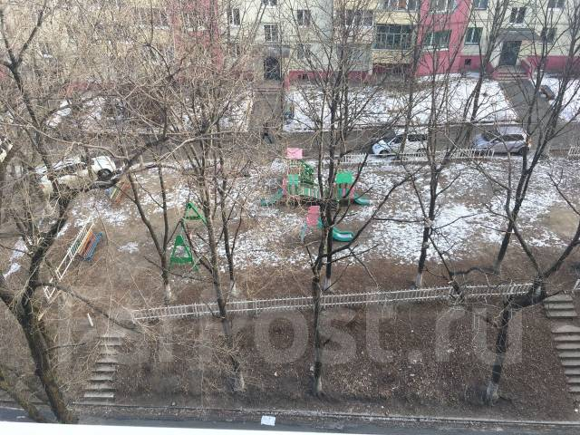 2-комнатная, улица Некрасовская 96. Некрасовская, проверенное агентство, 44 кв.м. Вид из окна днём