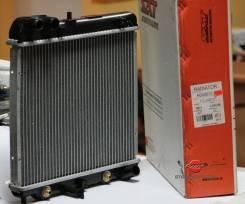 Радиатор охлаждения двигателя. Honda Jazz, GD1 Honda Fit Aria Honda Fit, GD1, LA-GD3, LA-GD4, LA-GD1, LA-GD2, UA-GD1 Двигатели: L12A1, L13A, L13A2, L1...