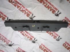 Панель замка багажника. Toyota Duet, M100A, M101A