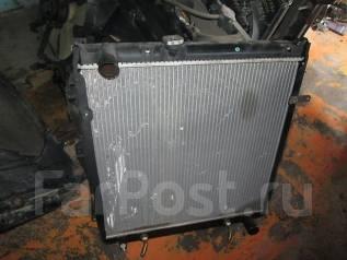 Радиатор охлаждения двигателя. Toyota Land Cruiser Prado, KZJ78W