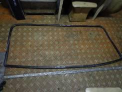 Уплотнитель лобового стекла. Mazda Titan