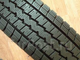 Dunlop Winter Maxx. Зимние, 2014 год, износ: 10%, 2 шт