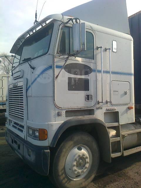 Freightliner FLB. Седельный тягач, 11 000куб. см., 30 000кг.