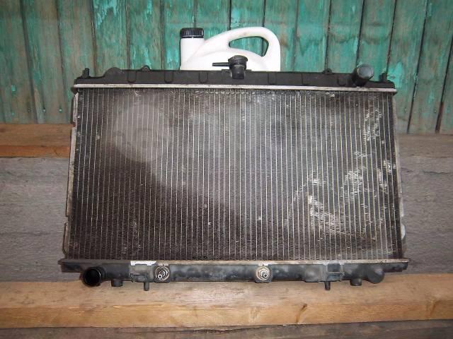 Радиатор охлаждения двигателя. Nissan Primera, WP11, WP11E Двигатель SR18DE