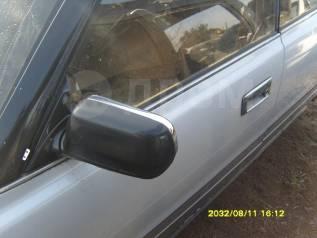 Зеркало. Toyota Crown