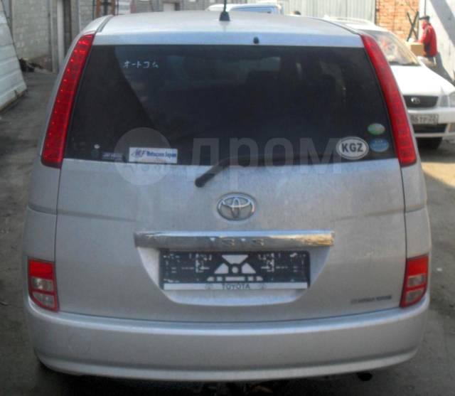 Toyota Isis. ZNM10, 1ZZ