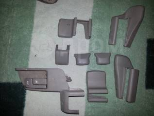Крышка петли сиденья. Toyota Mark II, JZX100