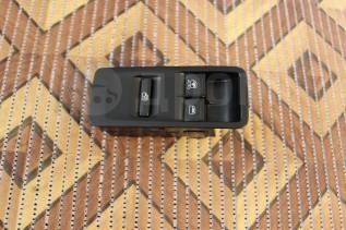 Блок управления стеклоподъемниками. Volkswagen Polo