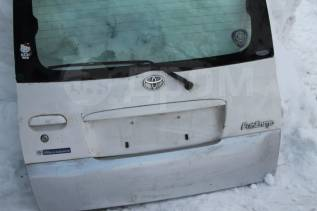Дверь багажника. Toyota Funcargo, NCP20 Двигатель 2NZFE