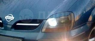 Накладка на фару. Nissan Tino, HV10