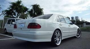 Накладка декоративная. Mercedes-Benz