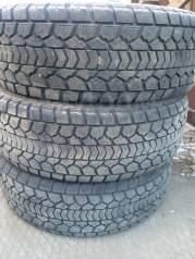 Продам шины Dunlop 265/65R17