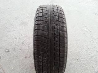 Bridgestone Blizzak Revo2. Зимние, без шипов, 2007 год, 20%, 1 шт