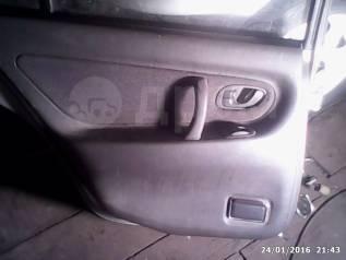 Обшивка двери. Mitsubishi Galant, E52A, E53A, E54A, E57A, E64A, E72A, E74A Двигатели: 4D68, 4G93, 6A11, 6A12