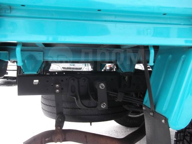 Toyota Toyoace. Toyota ToyoAce 4WD, двухкабинник+борт, 3 000куб. см., 1 500кг.