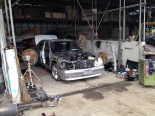 Mercedes-Benz E-Class. 210065, 320