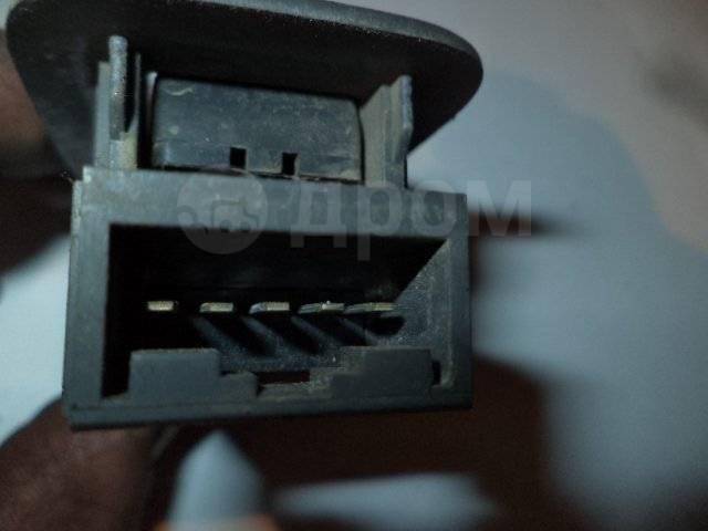Кнопка стеклоподъемника. Toyota Vista, SV30