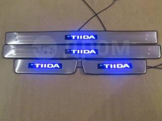Накладка на порог. Nissan Tiida, C11, JC11, NC11, SC11 Двигатели: HR15DE, HR16DE, MR18DE