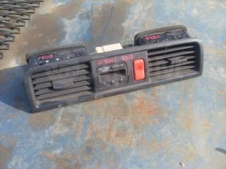 Консоль центральная. Honda CR-V, RD1