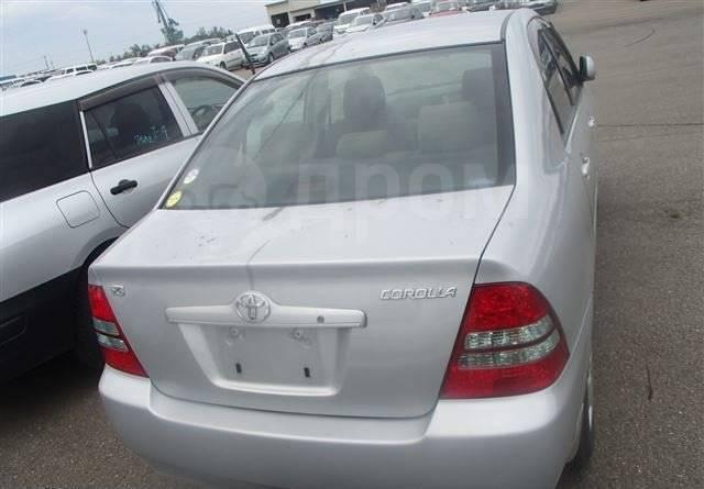 Уплотнитель двери багажника. Toyota Corolla, NZE124