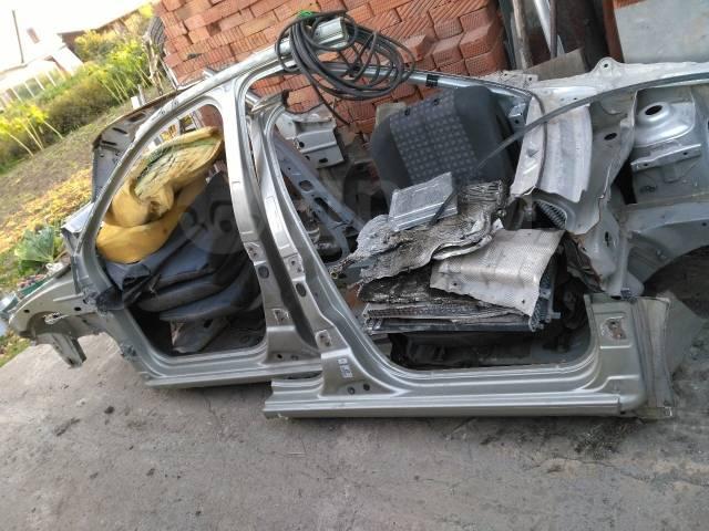 Порог пластиковый. Renault Sandero